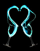 Wine_Heart_Splash_Take_1_LR_clear2_LR_red 8x10_enlarge_invert_fb_web